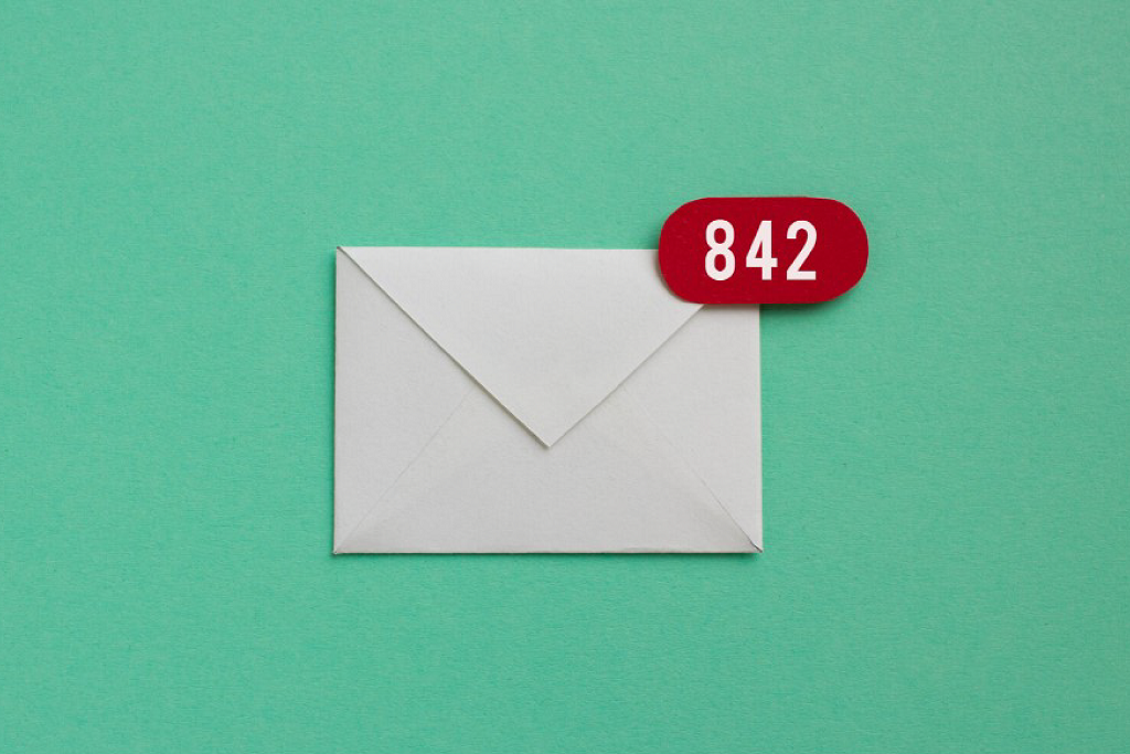 A white envelope with red number notification